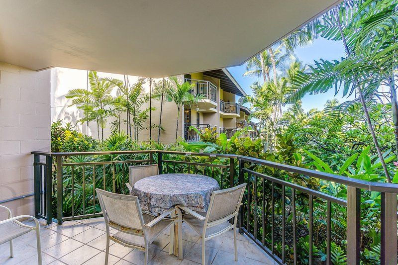Kona Makai # 4102 - Lanai zitplaatsen op de patio