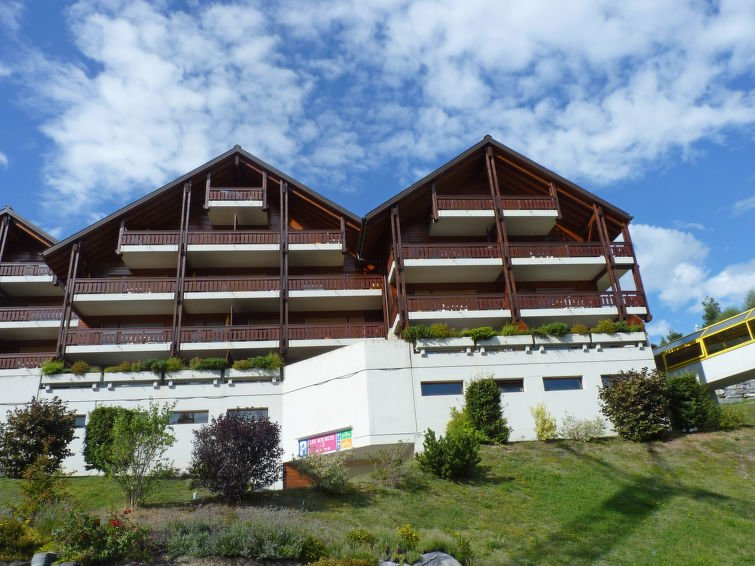 Photo of Ovronnaz Apartment Sleeps 2 with Pool and Free WiFi - 5311019