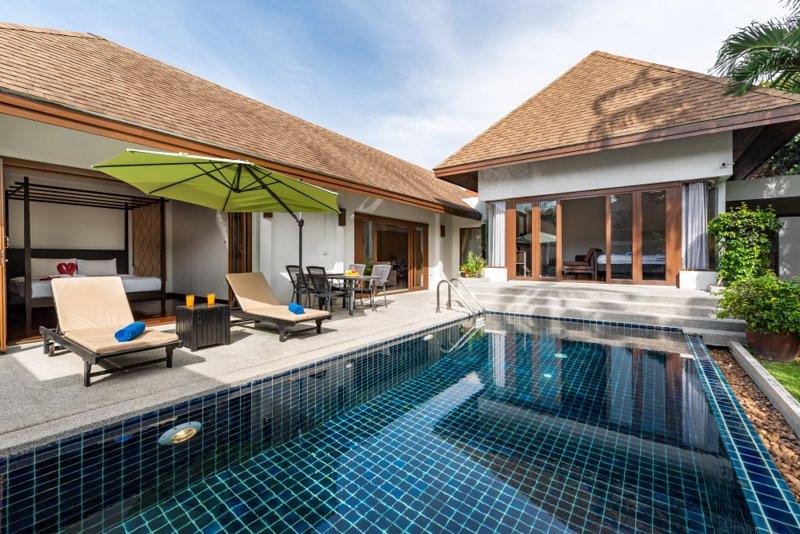 Private Tropical 2br Pool Villa by Intira Villas, location de vacances à Nai Harn