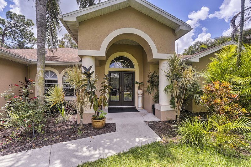 Private Fort Myers Escape w/ Screened Pool & Lanai, holiday rental in Biggar