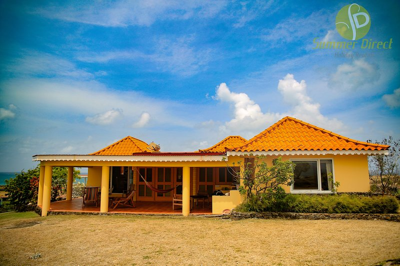 Pinquin Cottag, holiday rental in St. George's