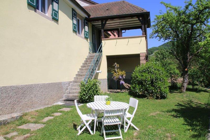 Gîte Les Glycines, au coeur de l'Alsace, vacation rental in Natzwiller