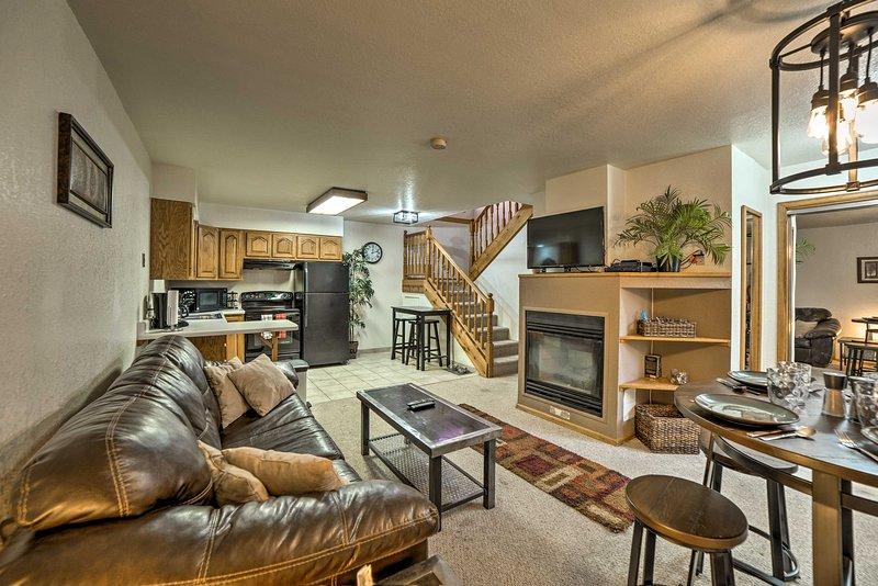 Book this centrally located Ouray condo for your next Colorado getaway!