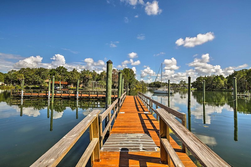 Crystal River House w/ Access to Dock, Gulf 7 Mi!, holiday rental in Lecanto