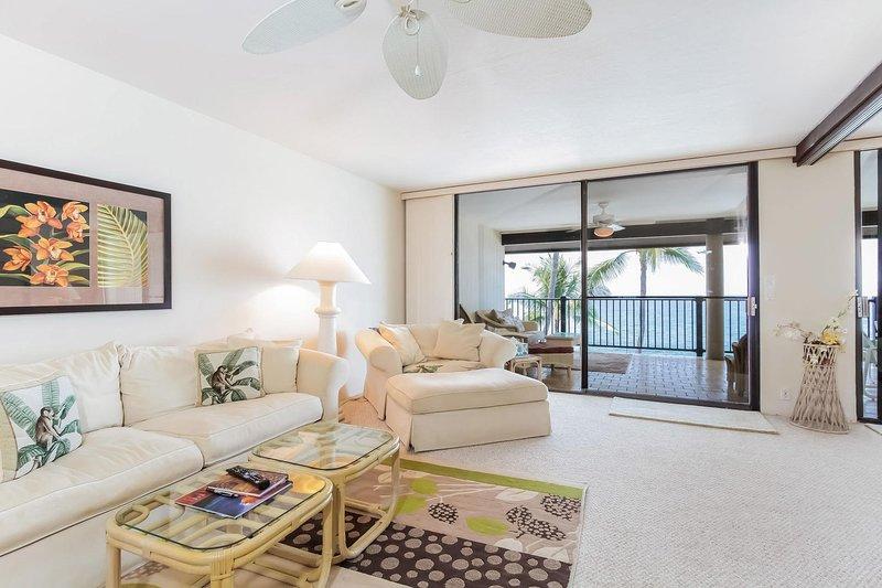 Kona Nalu #302 - Living room with lanai