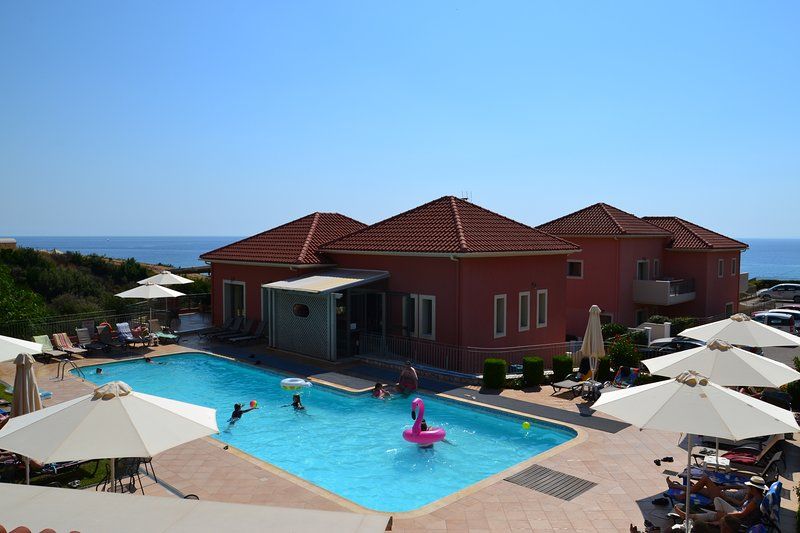 2 bedroom apartments, Skala: Enjoy lovely swimming pool of the complex