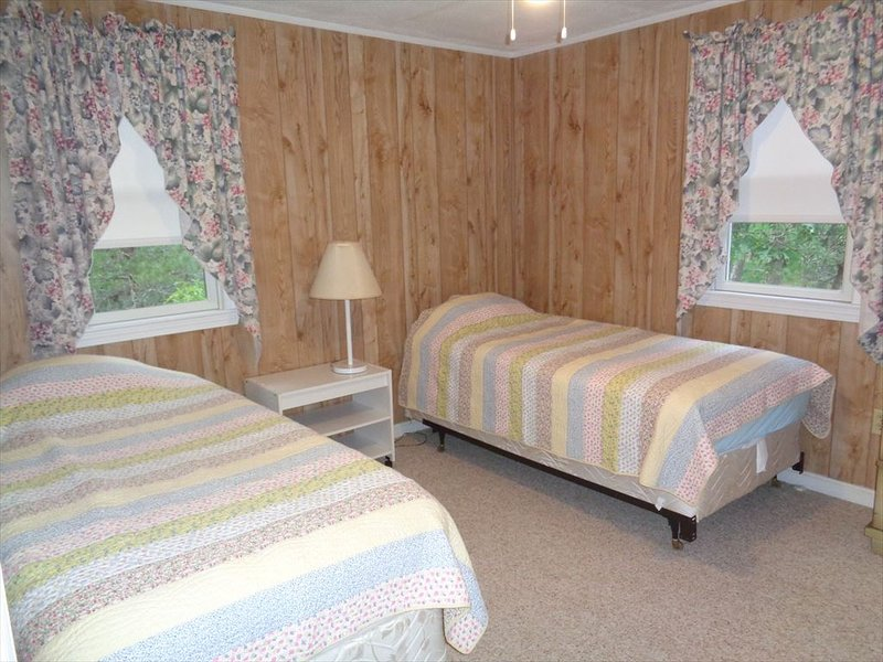 Another Pic Of The Twin Bedroom