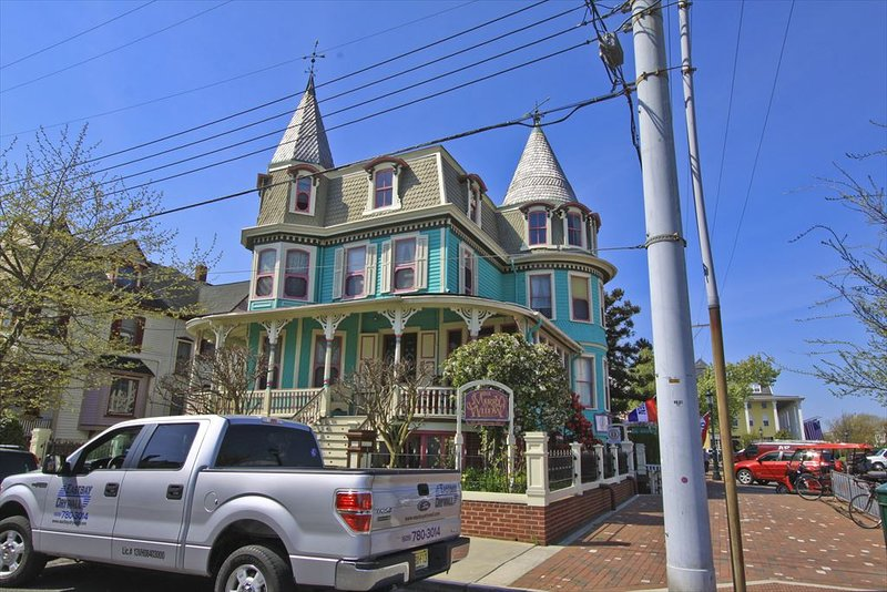 Merry Widow 100127, holiday rental in Cape May
