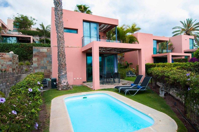 Villa with private pool Salobre Villas Lagos III, vacation rental in Montana La Data
