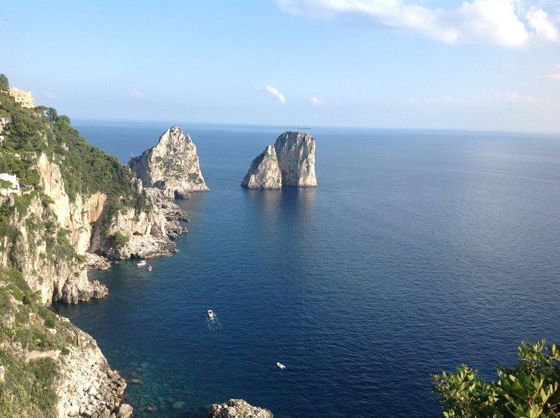 CAPRI Monolocale servizio alberghiero, casa vacanza a Capri