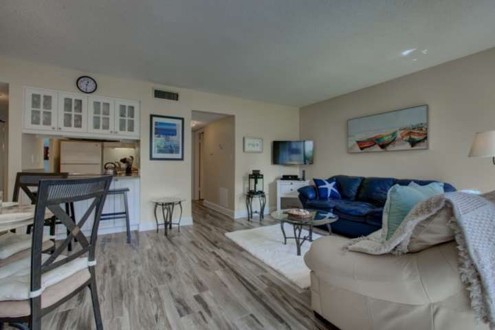 Beautifully updated in cool, neutral colors with beach accents.  Bay Oaks is your home away from home!