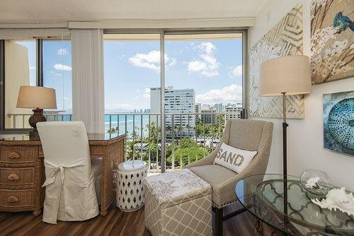 Gold Coast Penthouse - Ocean view from sitting area