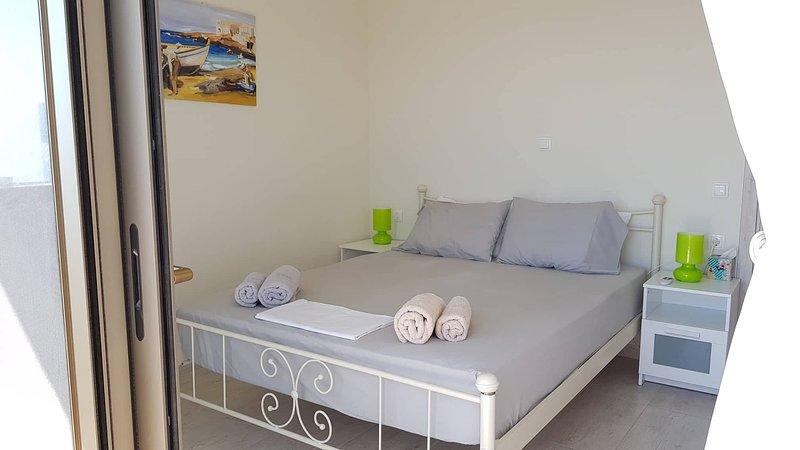 Rania's flat, vacation rental in Kalyves