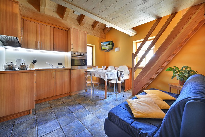 Chalet Matteo - Appartmento nr 3, holiday rental in Livigno