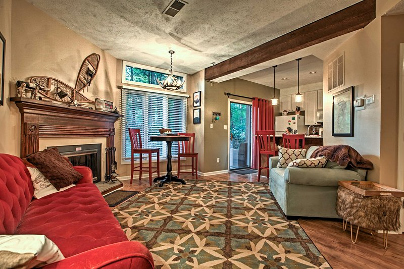 Wintergreen Resort Mountain Condo w/ Pool Access!, holiday rental in Nellysford