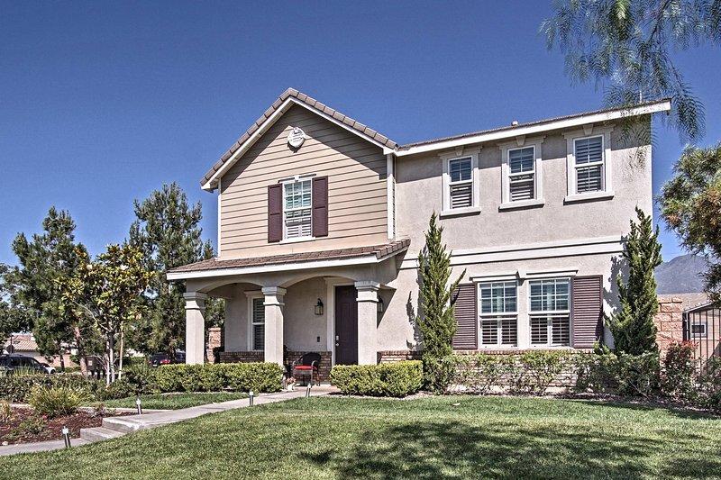 A pochi minuti da San Bernardino, questa casa è davvero a 5 stelle.