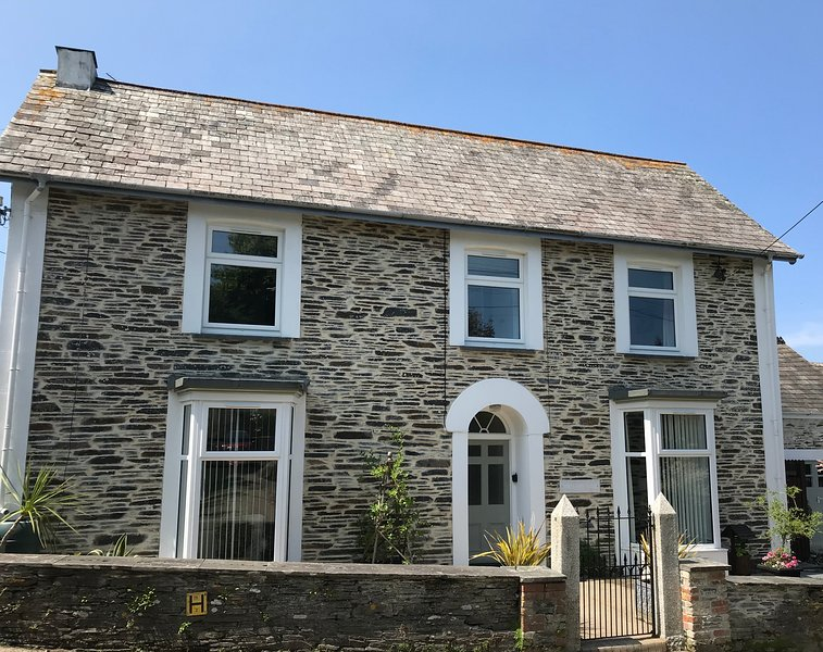 Trevanson Large 3 Bedroom Character House, location de vacances à Wadebridge