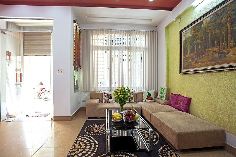 Hanoi Friendly House - Entire House For Rent, holiday rental in Hanoi