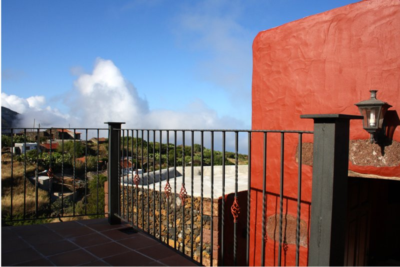 Amazing house with terrace, vacation rental in Taibique
