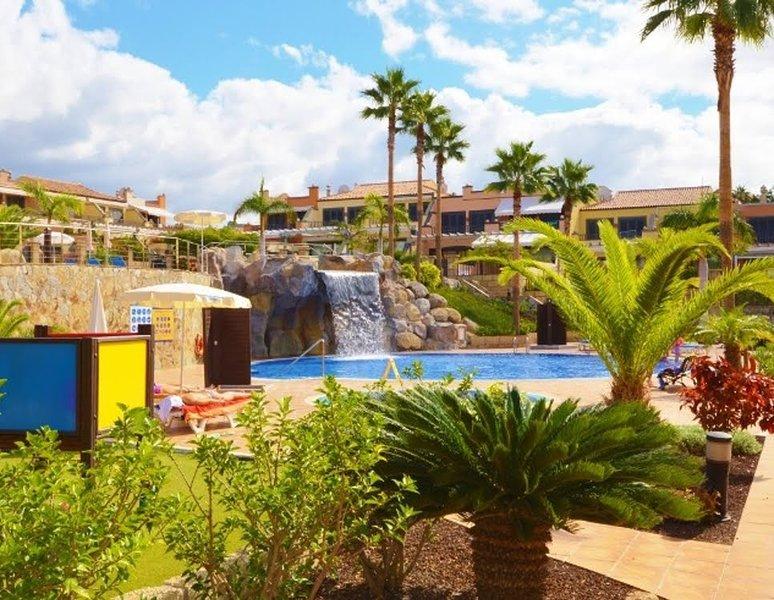 Villa de lujo cerca del mar-wifi-smart tv, holiday rental in La Caleta