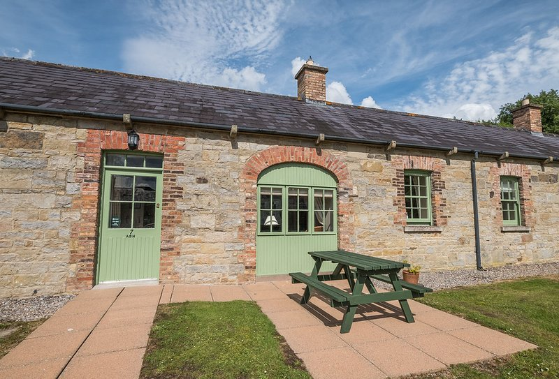 Ash Cottage, holiday rental in Derrylin