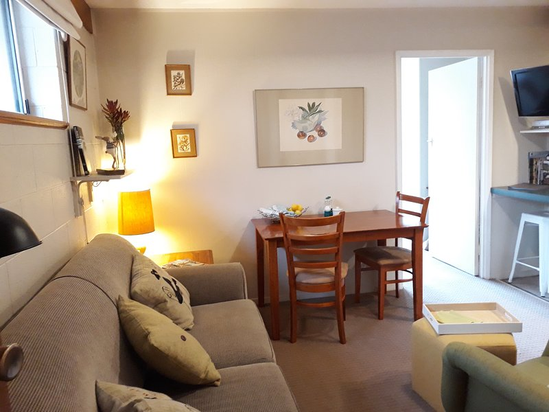 Cosy Garden Apartment., vacation rental in Dennes Point