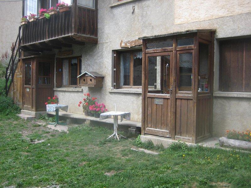 Amazing studio with terrace & Wifi, casa vacanza a La Grave