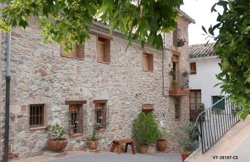 La casa del Banquet casa rural con bodega Soleada y tranquila ¡¡ Siéntete como en casa !!