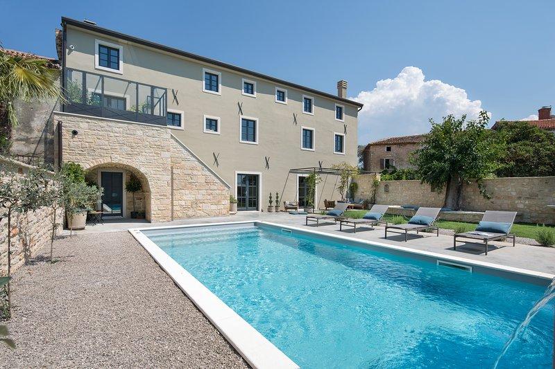 Villa Covri, location de vacances à Fiorini