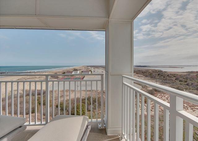Blue Suede Views 425B *Southside ocean and bay views, alquiler vacacional en Virginia Beach