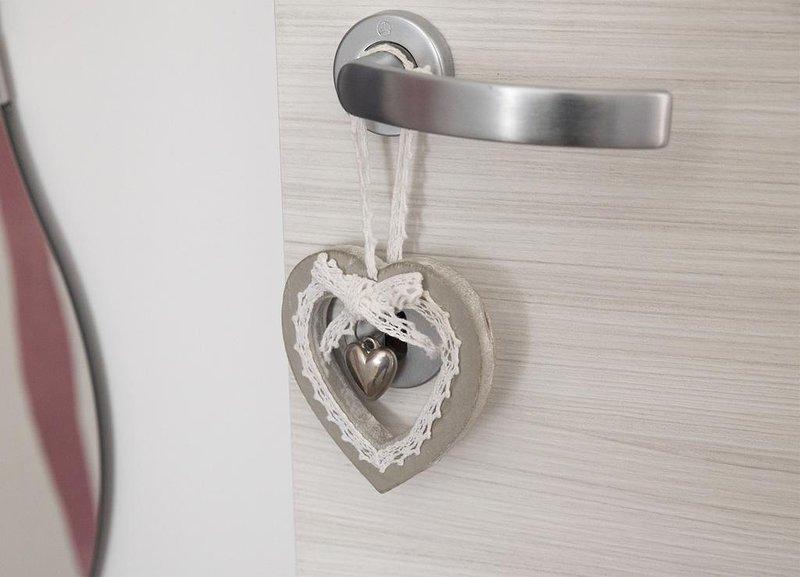 GiaVa Suite. Appartamento moderno, finemente arredato dotato di tutti i comfort, Ferienwohnung in Roccapiemonte