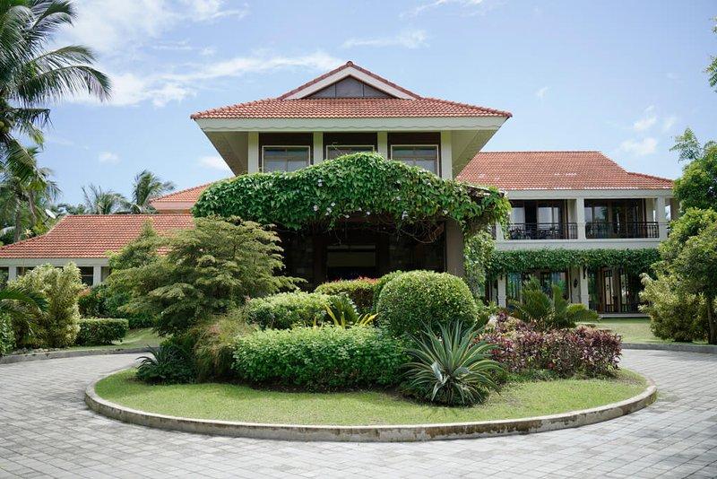 Casa Laiya (Elias), holiday rental in San Juan
