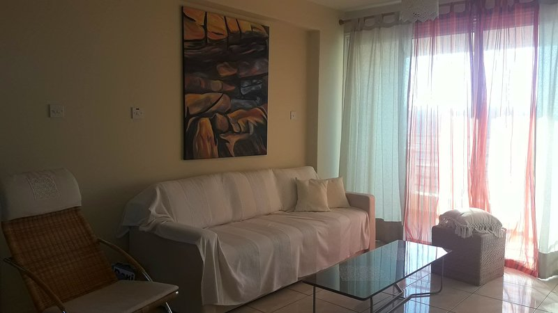 Golden Sea View Apartment, holiday rental in Dherinia