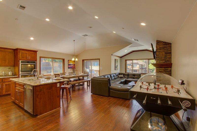 Tahoe Woods Paradise - Open floor plan overview