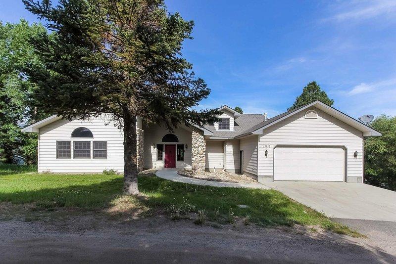 Gardner House 109 - Gardner House 109 Front Exterior