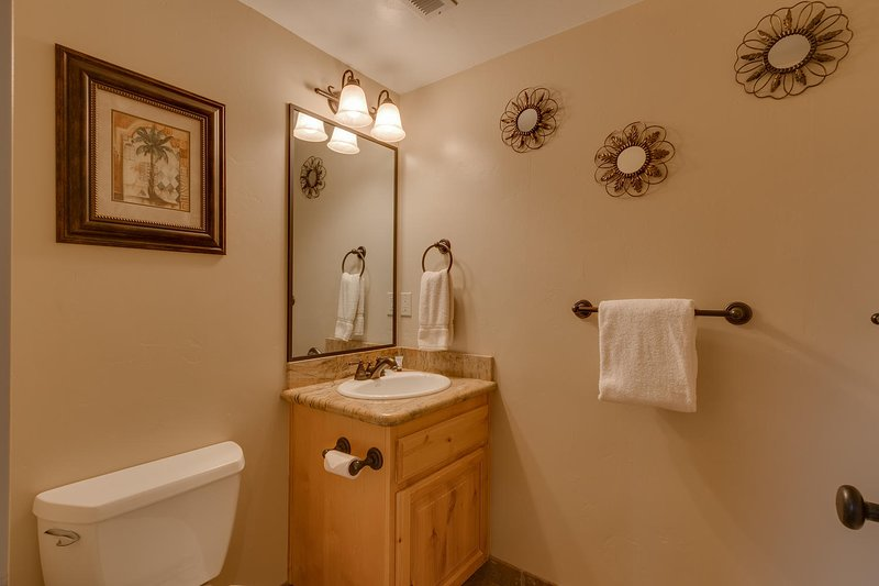 Evergreen Estate - Guest bathroom vanity