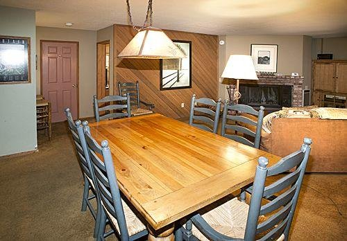 Aspen Creek #123 - Dining table for 6