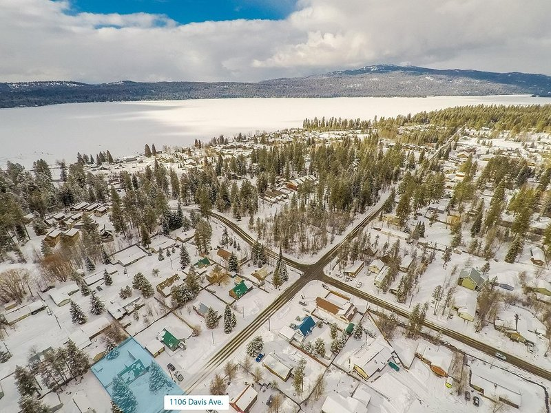 Davis Retreat - Davis Retreat Aerial View