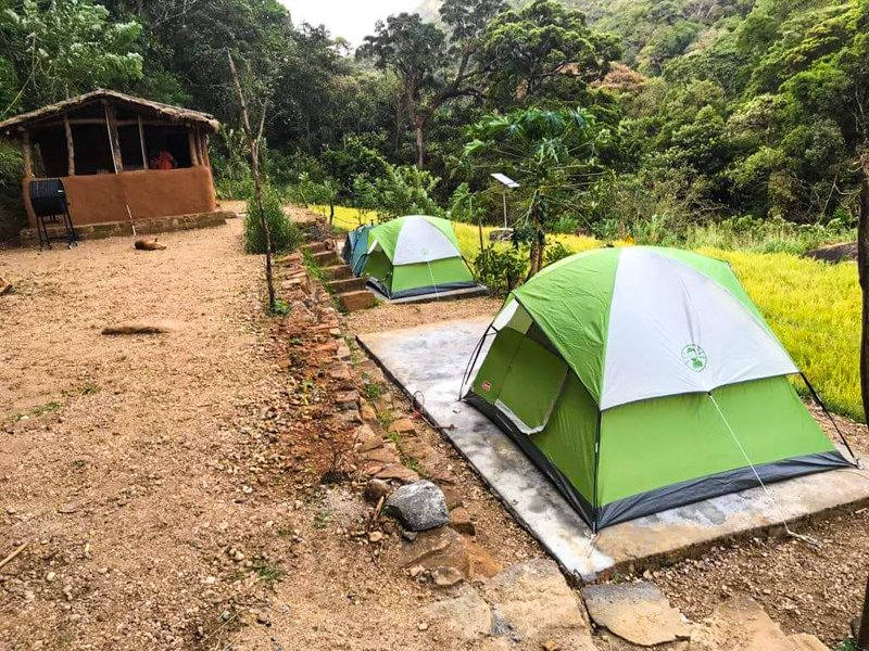 Riverston Basecamp Group of 7 person and up., holiday rental in Illukkumbura