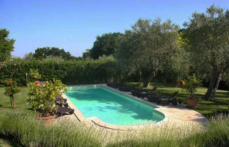 Fano Villa Sleeps 8 with Pool Air Con and WiFi - 5218218, vacation rental in Fano