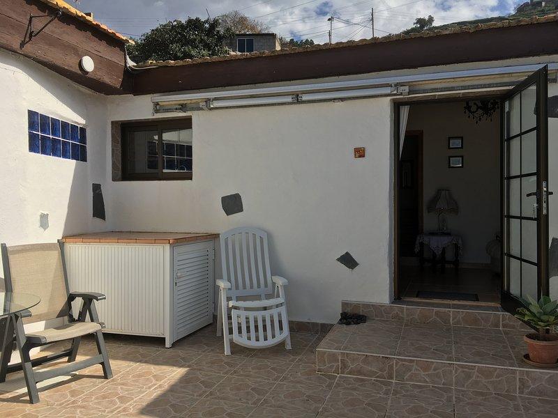 LOS SUERTES COTTAGE UNO PEACEFUL AND RELAXING SURROUNDINGS. FREE WIFI., aluguéis de temporada em Santa Cruz de Tenerife