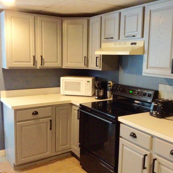 Apartment in great location, suburban, aluguéis de temporada em Oakville