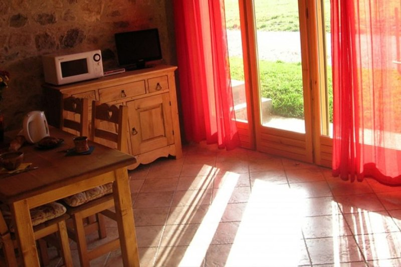 Gite La Grange2/4 personnes, casa vacanza a Montcel