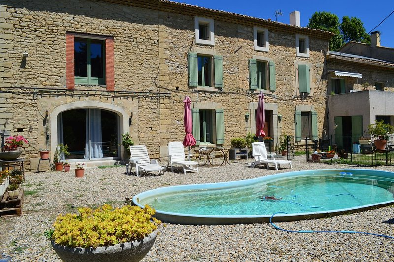 Amazing house with swimming-pool, vacation rental in Monteux
