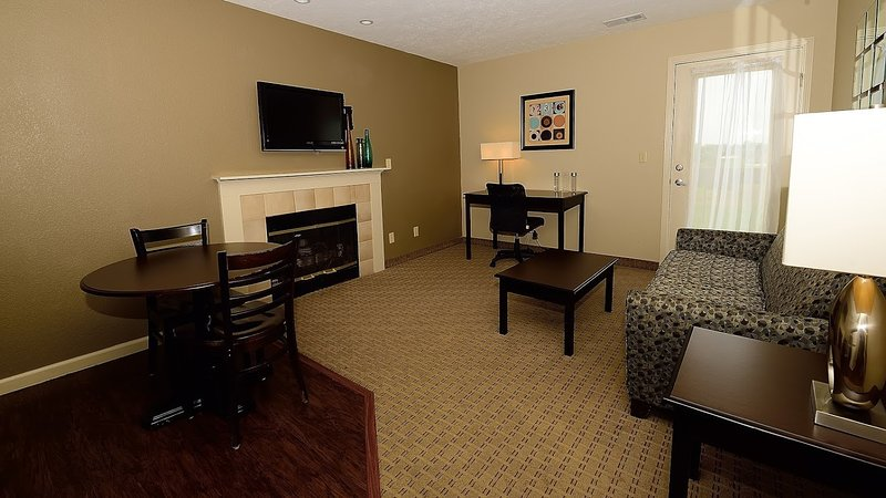 Come and stay in our cozy and elegant 1 bedroom suite in Bloomington!