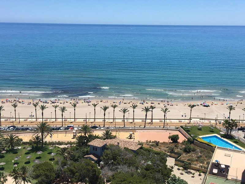 Apartamento con vistas al mar en Bonalba Golf, vacation rental in Agost