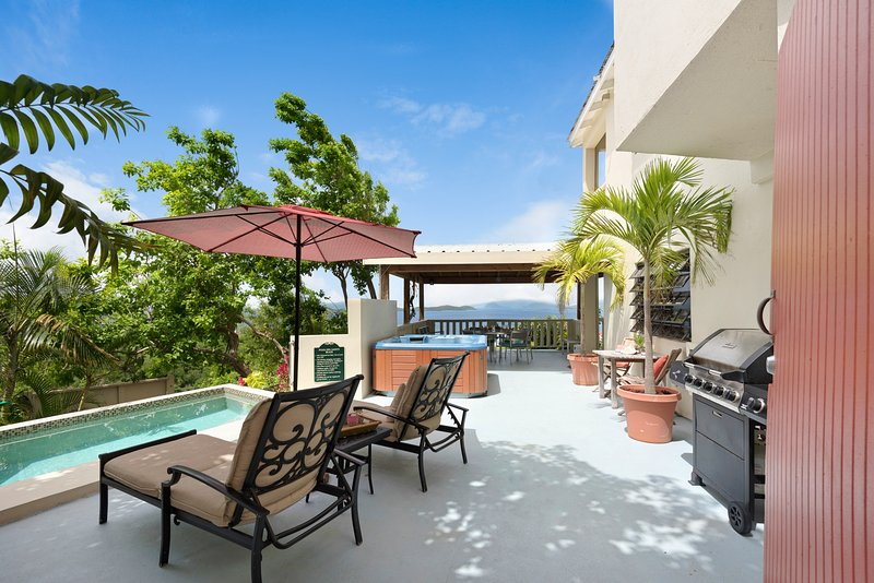 Beauty, Comfort, Value! Your Home in the Caribbean, holiday rental in Charlotte Amalie