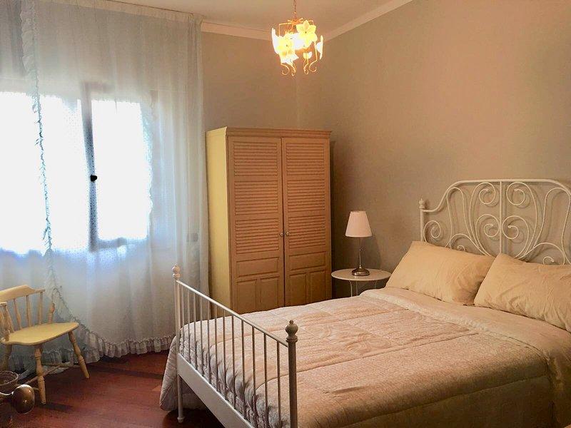 Villa Di Massa a Quisisana - Camera 1, holiday rental in Castellammare Di Stabia