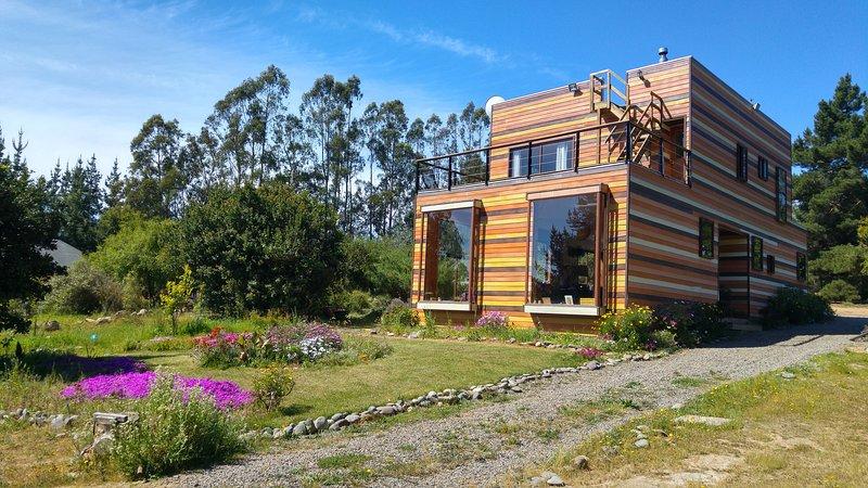 Eco Casa Good Vibrations. Energías de Mar, Bosque y Cielo, holiday rental in Casablanca