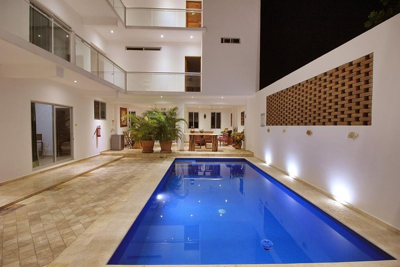 2A/ RELAXING ROOM IN PUERTO ESCONDIDO, holiday rental in Brisas de Zicatela